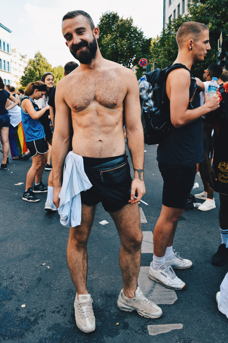 Taks off your shirts and get the party started | CSD Berlin Gay Pride 2018 © Coupleofmen.com